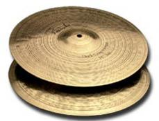 "14"" Paiste Signature Dark Crisp Hi-Hats - Pair"
